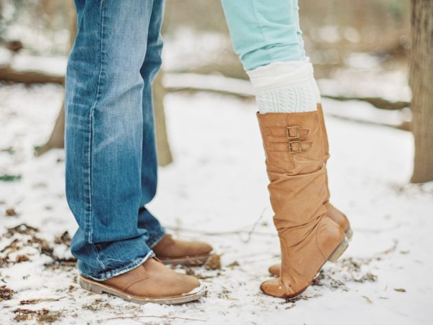 Outdoor-Winter-Engagement-Session-From-Vicki-Grafton-Photography-13