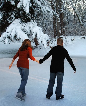 ice-skating-date